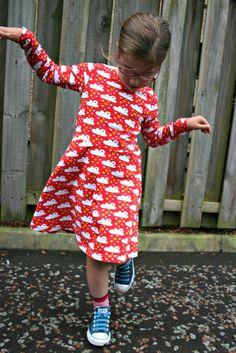 The Skater Dress sewing pattern -18m/2T, 3T/4T, 5Y/6Y, 7Y/8Y - PDF  | Kitschy Coo