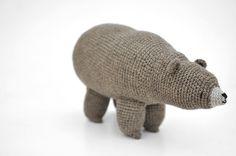 Mr Kuma bear - grizzly chocolate - 01