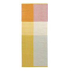 Add some color to your home with the lovely Punavuori rug in yellow from the Finnish brand Vallila Interior. The rug is woven in wool and cotton and has a stylish striped pattern with a graphic touch. The rug suits most rooms and adds a lively feel to the interior! Choose between different sizes.