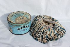 Vintage metal box French mop retro style collectable