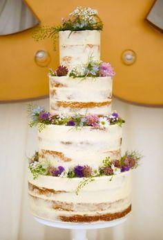 wunderschöne naked Hochzeitstorte - evtl. andere Blütenfarben und -formen