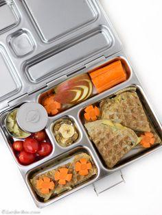 Wenn man anfängt, sich mit Lunchboxen aus Edelstahl zu beschäftigen, dann bringt einen die Suche neben den LunchBots recht schnell zu den Boxen von Planetbox. Der Hersteller der Planetboxen kommt e…