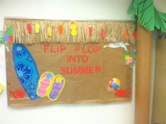 Flip flip summer and Hawaiian themed bulletin board idea for preschool, kindergarten, and elementary grades. http://www.mpmschoolsupplies.com/ideas/4832/flip-flop-into-summer-bulletin-board-idea/