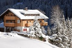 The Das Kleemanns is located in the Kleinwalsertal Valley a walk from Mittelberg village center. Das Kleemanns Mittelberg Austria R:Vorarlberg hotel Hotels Style At Home, Austria, Cabin, House Styles, Hotels, Home Decor, Welcome, Decoration Home, Room Decor