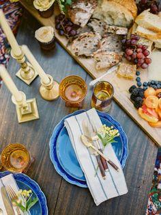 Fall wedding inspiration in shades of amber, blues and rich colours | fabmood.com #wedding #fallwedding #autumn #autumnwedding