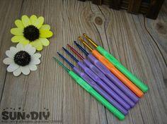 Free Shipping Plastic handle aluminum crochet hooks 7pcs a set, size 2.0-5.0mm crafts crochet for DIY knitting/needlework