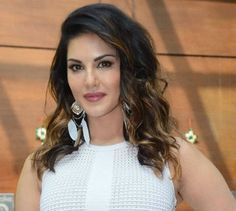 Know Your Star - Sunny Leone Biography, Workout Routine, Beauty & Diet Secrets - Top Ind...