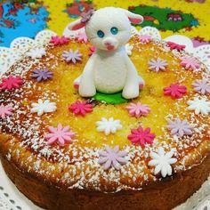 """""""Mi piace"""": 14, commenti: 1 - Dana Draghici (@dandanaglutenfree) su Instagram: """"Paște fericit! Buona Pasqua! Happy Easter!  I had to do it! Traditional Easter cake - Pasca!…"""""""