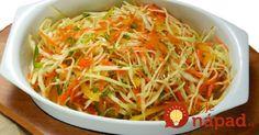 Úžasne chutný šalát z kapusty, voňavého cesnaku a ďalšej zelninky v sladko-kyslom náleve. Pochutnávať si na ňom môžete už o pár hodín. Indian Salads, Types Of Salad, Cooking Recipes, Healthy Recipes, Cooking Instructions, Russian Recipes, What To Cook, Salad Dressing, Japchae