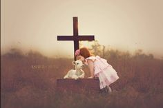 Asher Creek Photography lamb with cross Easter Picture