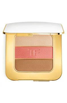 Obsessed with this contouring compact from Tom Ford. Use the shades alone or together to contour. Each provides sheer-to-medium coverage that is both matte and radiant.