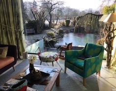 My fabrics (chair and curtains) make a graceful impression with the frozen pond in the background,thank you Francesca Vecchi Bossert and Atelier Pia in France/Mis telas ( silla y cortinas) producen una imagen elegante con el estanque congelado en el fondo. Gracias Francesca Vecchi-Bosser y Atelier Pia #lottihaeger #art #arquitectura #architecture #flowers #pattern #colorful #colour #color #textiles #fabric #inredning #design#designer #decoration#decorating #decor #chair #homedecor #homede