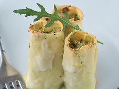 Cannelloni carciofi e rucola, un primo piatto vegetariano leggero e gustoso  http://www.alice.tv/ricette-cucina/primi-vegetariani/cannelloni-carciofi-rucola