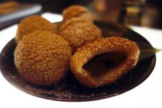 Chinese Fried Chocolate and Sesame Donuts at Ping Pong Dim Sum   http://myamusedbouche.com/2013/11/08/ping-pong/