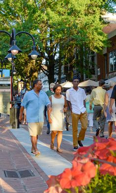 Stroll Through Outdoor Shops, Cafes, Art, and Music Charlottesville, Travel Information, Historical Sites, Places Ive Been, Virginia, Things To Do, Places To Visit, To Go, Adventure