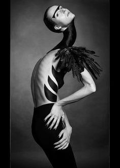 Neck-Focused Photography : Jean-Sebastien Senecal