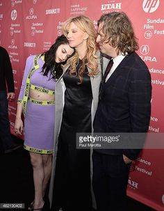 462130402-frances-bean-cobain-and-courtney-love-pose-gettyimages.jpg 462×594 pixels