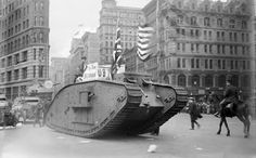 British tank sporting an American & American Flag tracks down Fifth Avenue, New York in parade with Police Mounted Escort World War One, Second World, First World, Ww1 Tanks, Creepy Vintage, German Submarines, Tank Armor, Battle Tank, New York Art