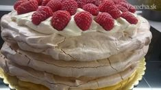 Pavlovovej torta s mascarpone a malinami (fotorecept) - Recept Banana Cream, Pavlova, Cheesecake, Food And Drink, Pudding, Yummy Food, Drinks, Breakfast, Sweet