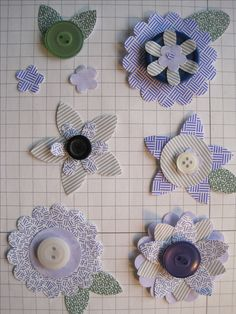 Assembled flowers with button centers Handmade Flowers, Handmade Crafts, Diy Crafts, Handmade Headbands, Handmade Soaps, Handmade Rugs, Flower Cards, Paper Flowers, Fabric Flowers