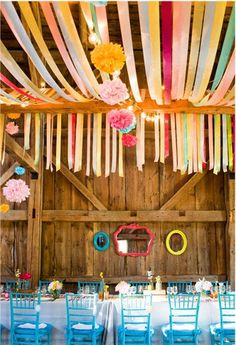 Go have some fun with paper, look how adorable it looks like ánd low-budget !
