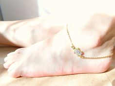 Gold Turtle Anklet - Rhinestone Anklet - Sea Turtle Jewelry - Barefoot Jewelry - Beach Wedding by SkadiJewelry on Etsy