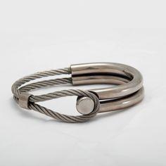 TITANIO GRADO 2 , CABLE DE ACERO  Diametro 6.5 cm  Titanium grade 2,  Steel wire