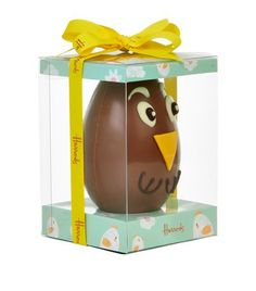 See the delight in your little one's face when they discover Harrods' baby chick chocolate egg this Easter.