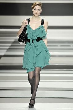 Elie Saab Fall 2008 Ready-to-Wear Fashion Show - Masha Novoselova