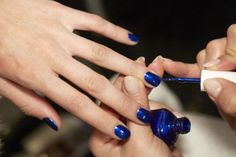 Manicurist Deborah Lippmann gives us advice on how to keep your nail polish chipping and peeling.