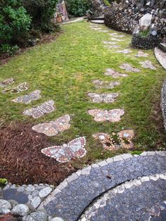 17 Beautiful and Easy DIY Garden Paths Butterfly Shaped Garden Stepping Stones . - 17 Beautiful and Easy DIY Garden Paths Butterfly Shaped Garden Stepping Stones More The post 17 B - Garden Steps, Diy Garden, Garden Care, Dream Garden, Garden Paths, Home And Garden, Rock Design, House Design, Garden Stepping Stones