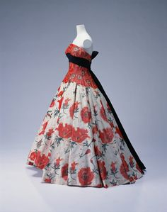 Evening Dress  Pierre Balmain, 1956  The Kyoto Costume Institute