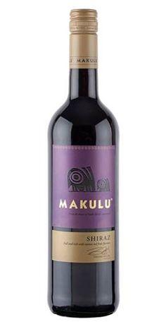 <p>Donkere sappige en kruidige wijn met tonen van zwart fruit als zwarte kers en bes met een beetje rode peper in zijn afdronk. Niet te intens doordat de wijngaarden tegen de kust aanliggen.</p>