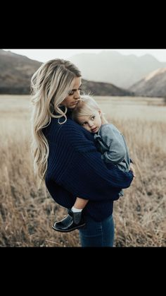Rebecca and Ciara when they first came to live with grandparents Toddler Pictures, Newborn Pictures, Baby Pictures, Outdoor Family Photography, Toddler Photography, Cute Family, Family Goals, Mom And Baby, Baby Love