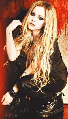 Avril Lavigne Photoshoot