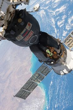 Space Planets, Space And Astronomy, Nasa Space, Cosmos, Soyuz Spacecraft, Kerbal Space Program, One Step Beyond, Space Photography, Other Space