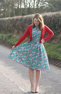 Handmade Simplicity dress, pattern 4070.   http://www.simplicitynewlook.com/4070/#.VTUSRdLBzRY