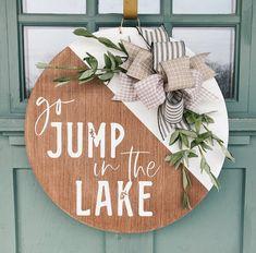 Welcome Signs Front Door, Lake Decor, Pumpkin Door Hanger, Lake Signs, Wood Circles, House Doors, Porch Decorating, Wood Signs, Wooden Door Signs