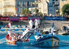 Water jousting festival in Sete, 21-25 August 2015 © Paul Palau