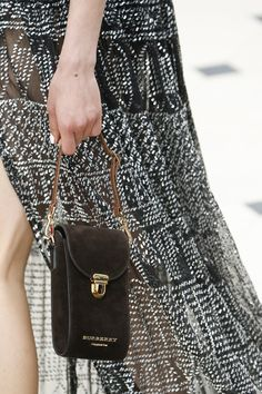 Burberry Prorsum Spring 2016 Ready-to-Wear Accessories Photos - Vogue