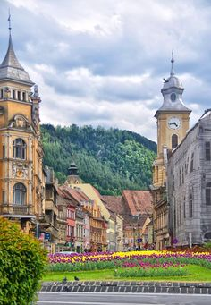 Brasov in summer, city center Vacation Destinations, Vacation Spots, Vacations, Around The World In 80 Days, Around The Worlds, The Places Youll Go, Places To Go, Brasov Romania, Chateau Medieval