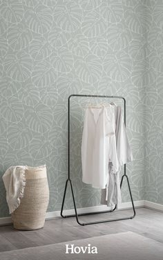 Our Deliciosa wallpaper is a modern Monstera leaf pattern that's ready to refresh your room. Look closely, and you'll see how this minimalist design is made up of one continuous line drawing – created without removing the pen from the surface. The result is a repeat pattern wallpaper packed with tropical plants in a playful, abstract style. This wallpaper only features two colors, to keep things stylishly simple. World Map Wallpaper, Forest Wallpaper, Green Wallpaper, Pattern Wallpaper, Childrens Shop, Drawing Wallpaper, Continuous Line Drawing, Design Repeats, Abstract Styles
