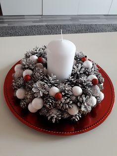 All Things Christmas, Christmas Diy, Christmas Wreaths, Christmas Centerpieces, Christmas Decorations, Holiday Decor, Tray Decor, Ornament Wreath, Advent