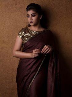 45 Latest Plain saree with Designer Blouse Ideas Kalamkari Blouse Designs, Saree Blouse Designs, Sari Blouse, Trendy Dresses, Tight Dresses, Fashion Dresses, Plain Saree With Heavy Blouse, Blouse Designs High Neck, Satin Saree