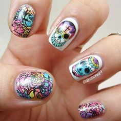 Sugar Skulls ~ Dia de los Muertos (Day of the Dead) Colorful Nail Designs, Simple Nail Designs, Sugar Skull Nails, Sugar Skulls, Nicole By Opi, Matte Nail Polish, Holiday Nail Art, Top Nail, Nail Stamping