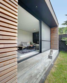 House Extension Plans, House Extension Design, Sas Entree, Glass House Design, Balcony Railing Design, Small Places, House Extensions, Home Reno, Patio Doors