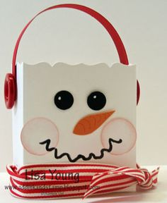 Well I hope my Snowman doesn't leave for the North Pole - he still has work to do! And here is yet another seasonal Fancy Favor Box...