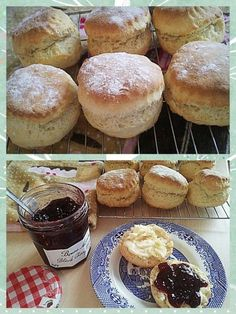 Would you love to make light, fluffy, tall scones? Look no further – Paul Hollywood's best fluffy scone recipe is the one! It's that time of year again folks…the new series of The Great British Bake off starts tomorrow night on I … Baking Recipes, Cake Recipes, Dessert Recipes, Baking Tips, The Great British Bake Off, Best Of British, British Style, Best Scone Recipe, Scones Recipe Bbc