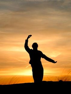"""""""Tai chi begins with simple movements and expands to what cannot be seen."""" - TAI CHI CROSSROADS BLOG: taichicrossroads.blogspot.com  #TaiChi #Taijiquan"""