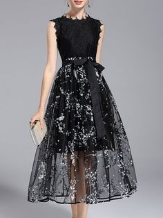 Shop Midi Dresses - Black Crew Neck Elegant Printed A-line Midi Dress online. Discover unique designers fashion at StyleWe.com.